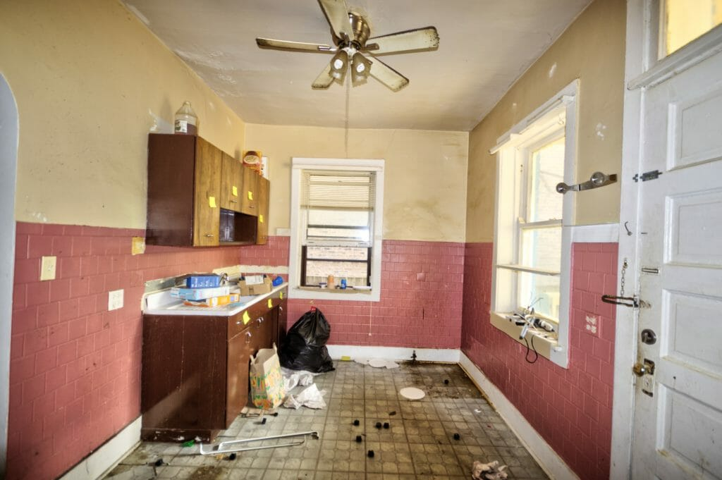 Kitchen of 5658 N Ridge Avenue before construction