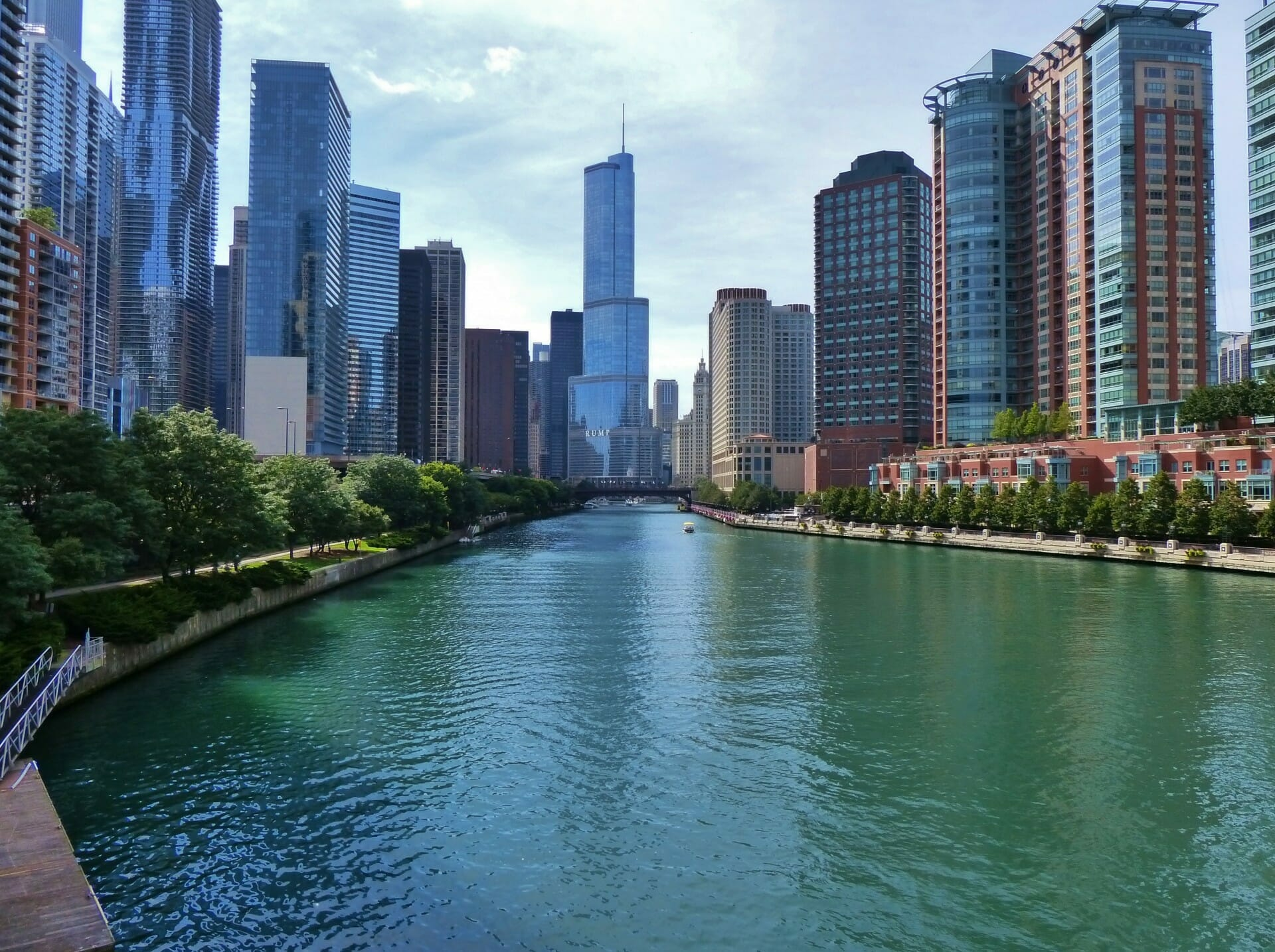 Chicago River Architecture